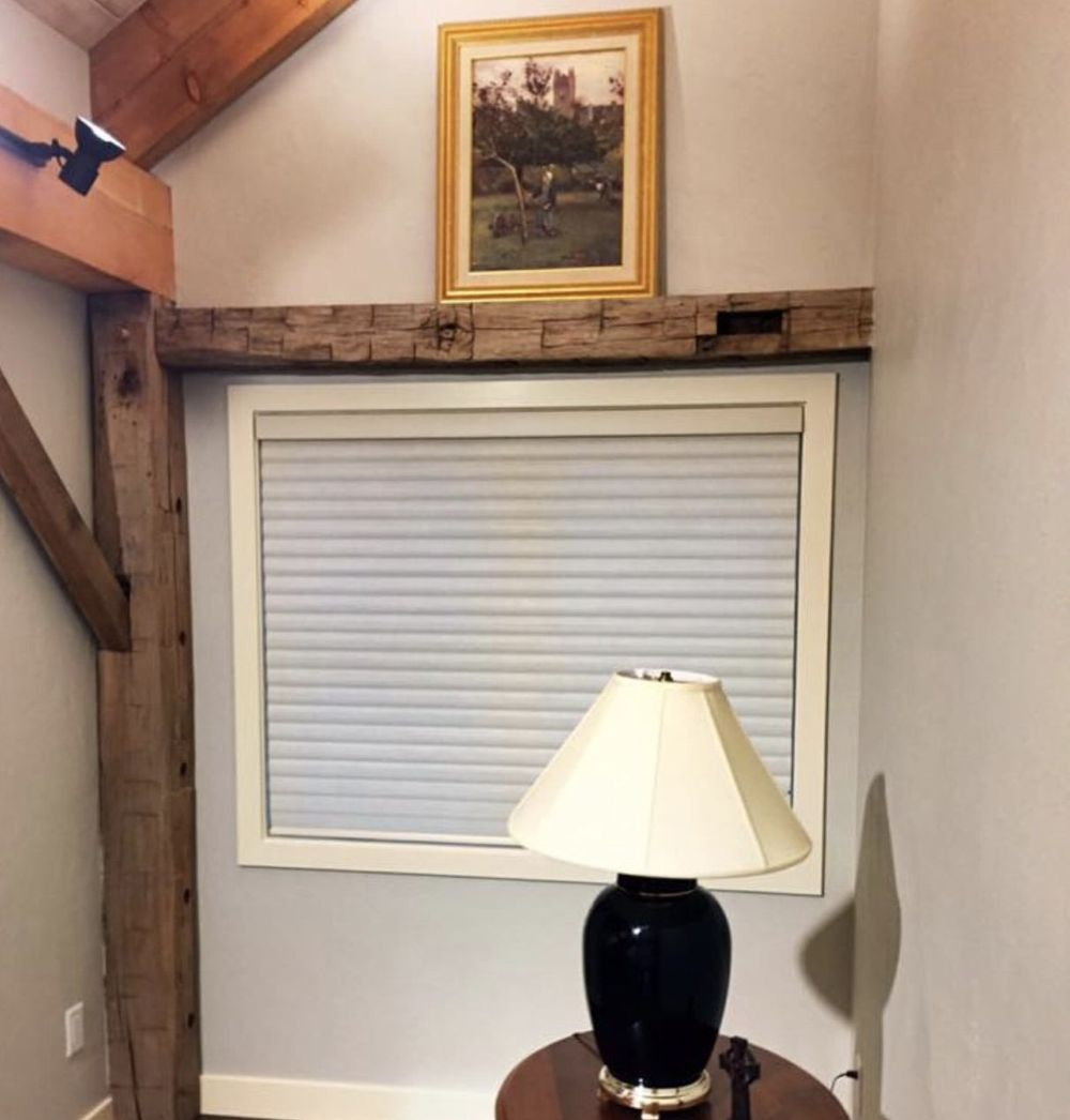 Country Chic in Black Creek Wisconsin with energy efficient Solera Shade
