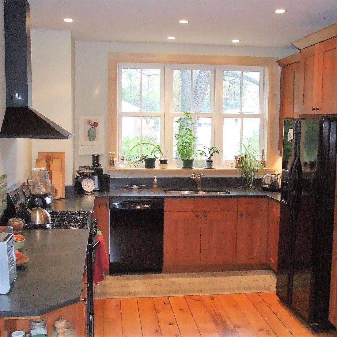 Sibra Kitchens Markham Toronto cherry cabinets