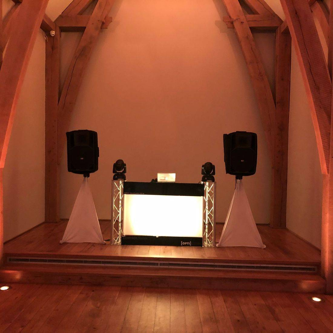 The Mill Barns #Worcesterhsire #wedding #dj #weddingentertainment #barn #barnwedding