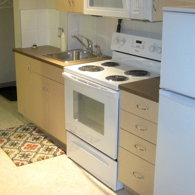 kitchenette in SRO