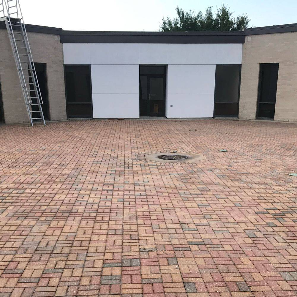 Driveway Cleaning, Concrete Cleaning, Sidewalk Cleaning, Parking Lot Cleaning and Concrete Cleaning, Brick Cleaning, Pressure Washing