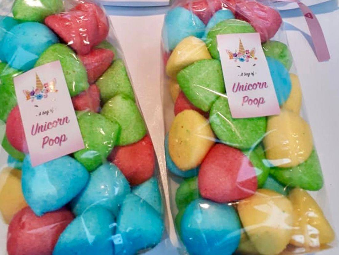 Unicorn poop marshmallows