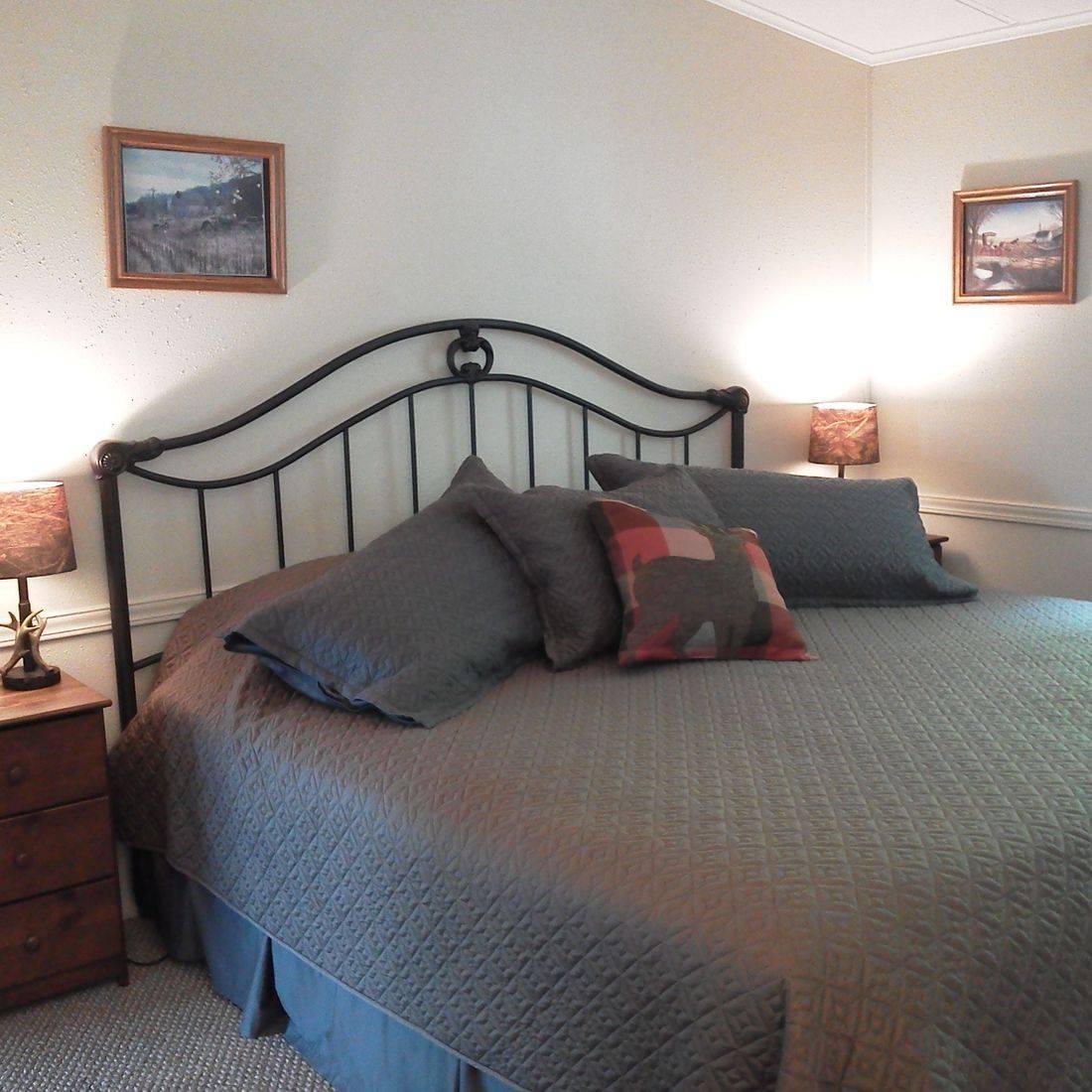 lodging, hotels, Concrete, WA, North Cascades, Washington, guesthouses