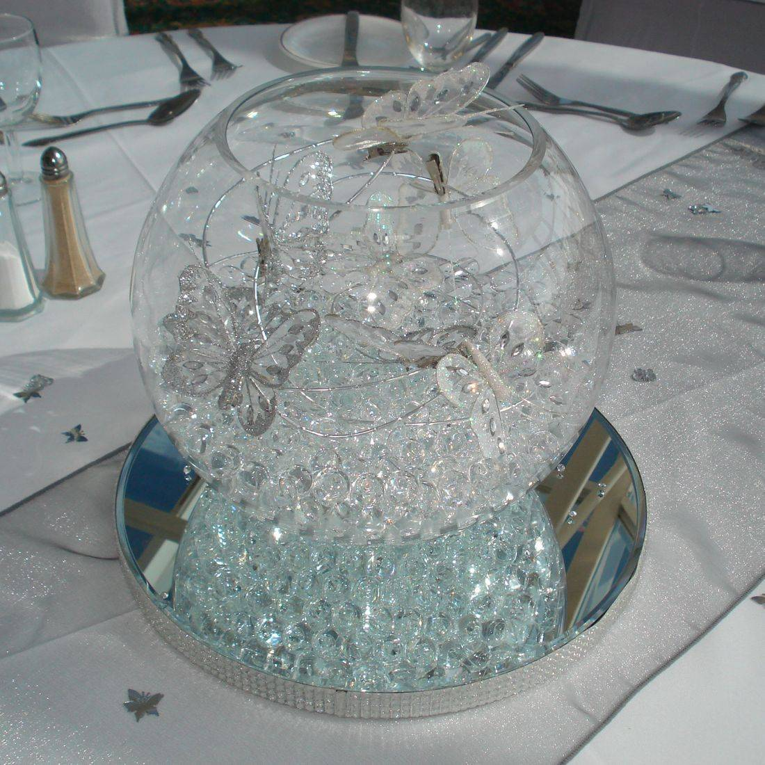 Large Fish Bowl Butterfly Centre Piece