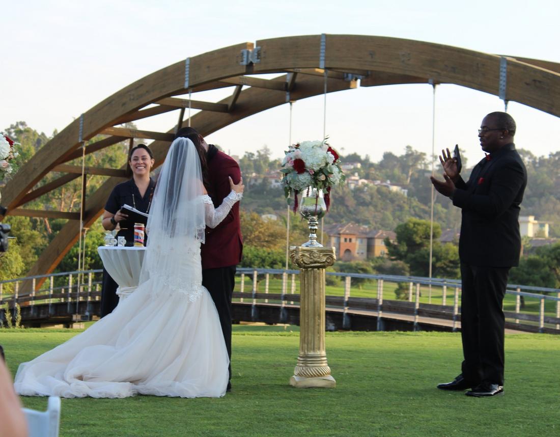 Wedding at the Oregon Coast, bilingual wedding