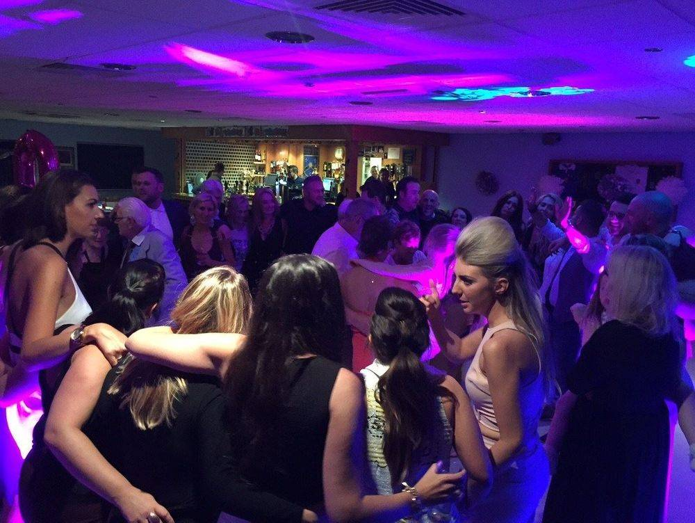 Corporate DJ, Party DJ , Mobile DJ , Birmingham , Stourbridge, West Midlands