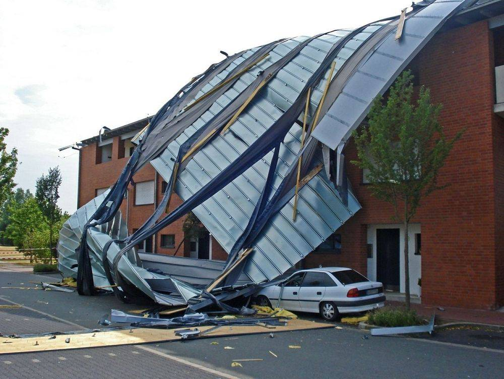 Impact of strong winds