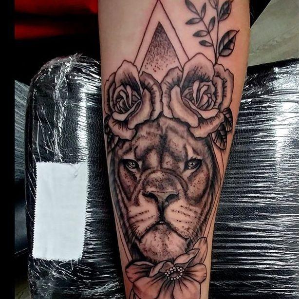 Black and grey Lion tattoo, Ann Arbor Michigan