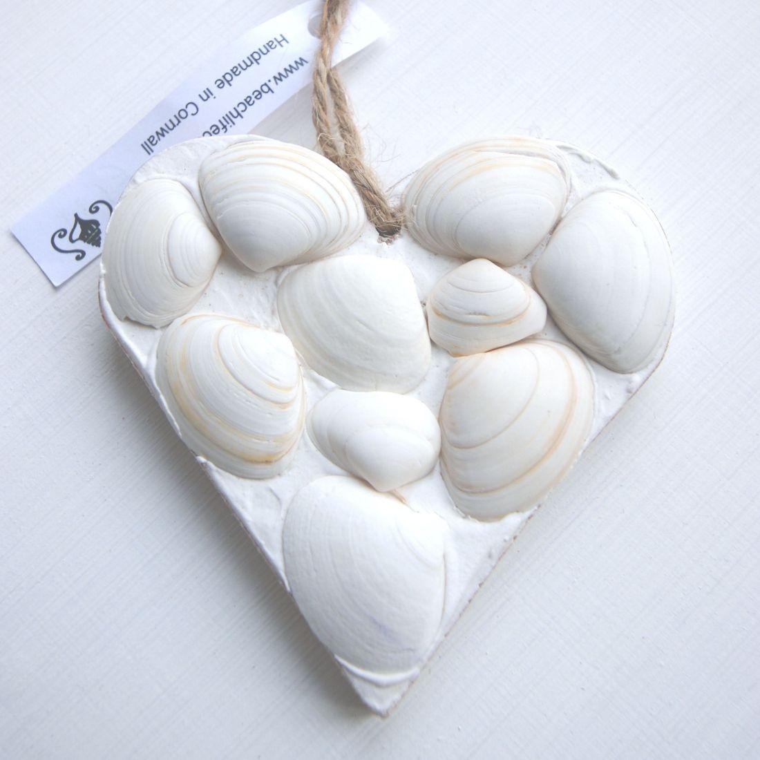 mini heart white