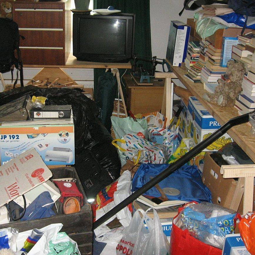 Cluttered room, messy room.