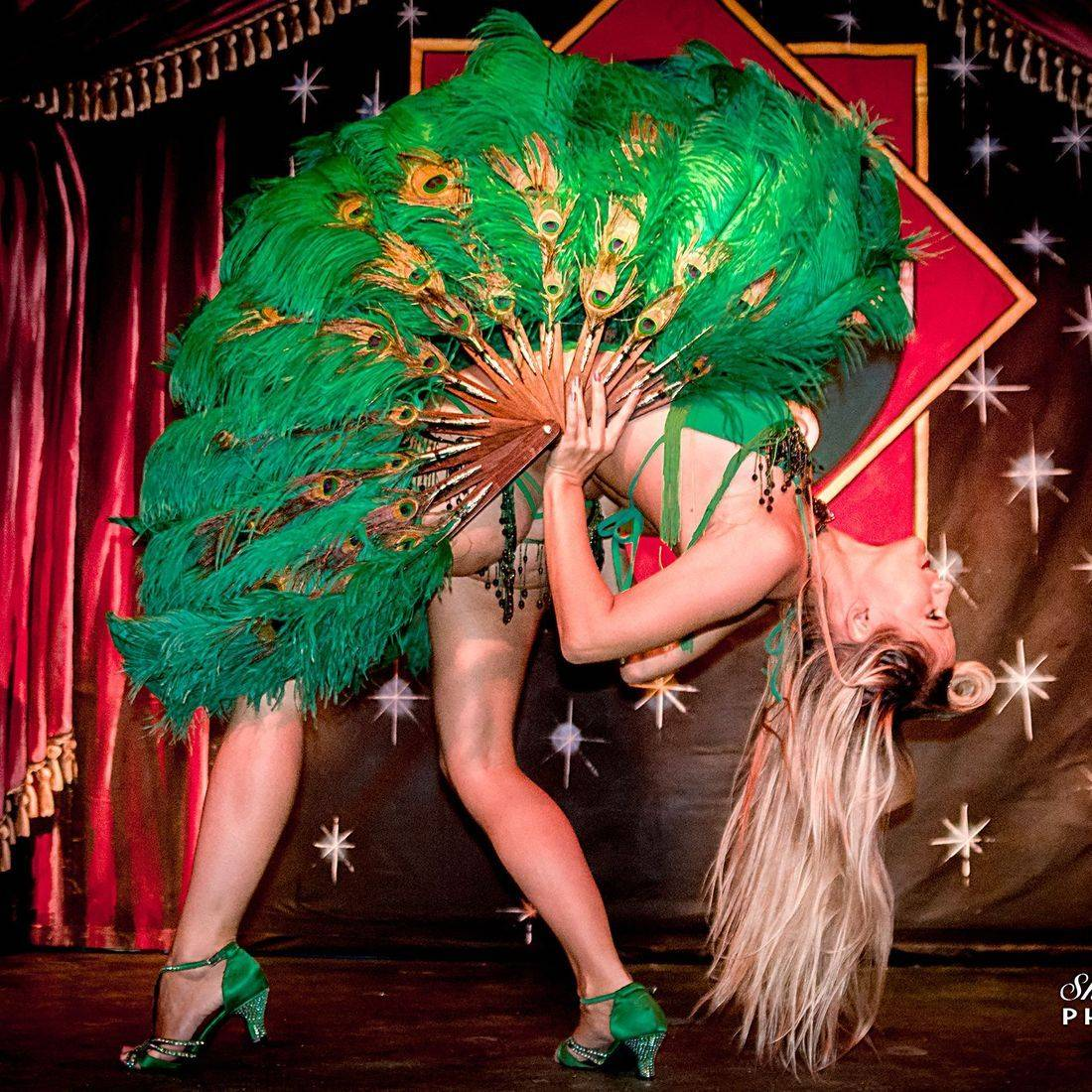 Ruby Deshabille,  Burlesque, Torquay, Kinky & Quirky, Devon, Paignton, The Lucky 7 Club, Speakeasy