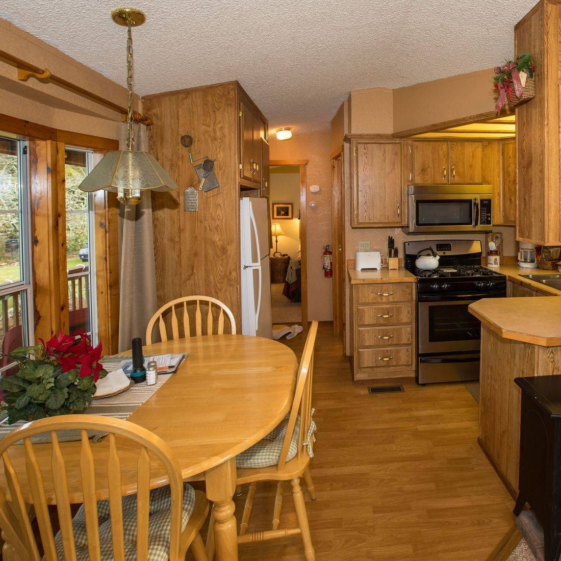 guesthouses, hotels, lodging, North Cascades, Washington