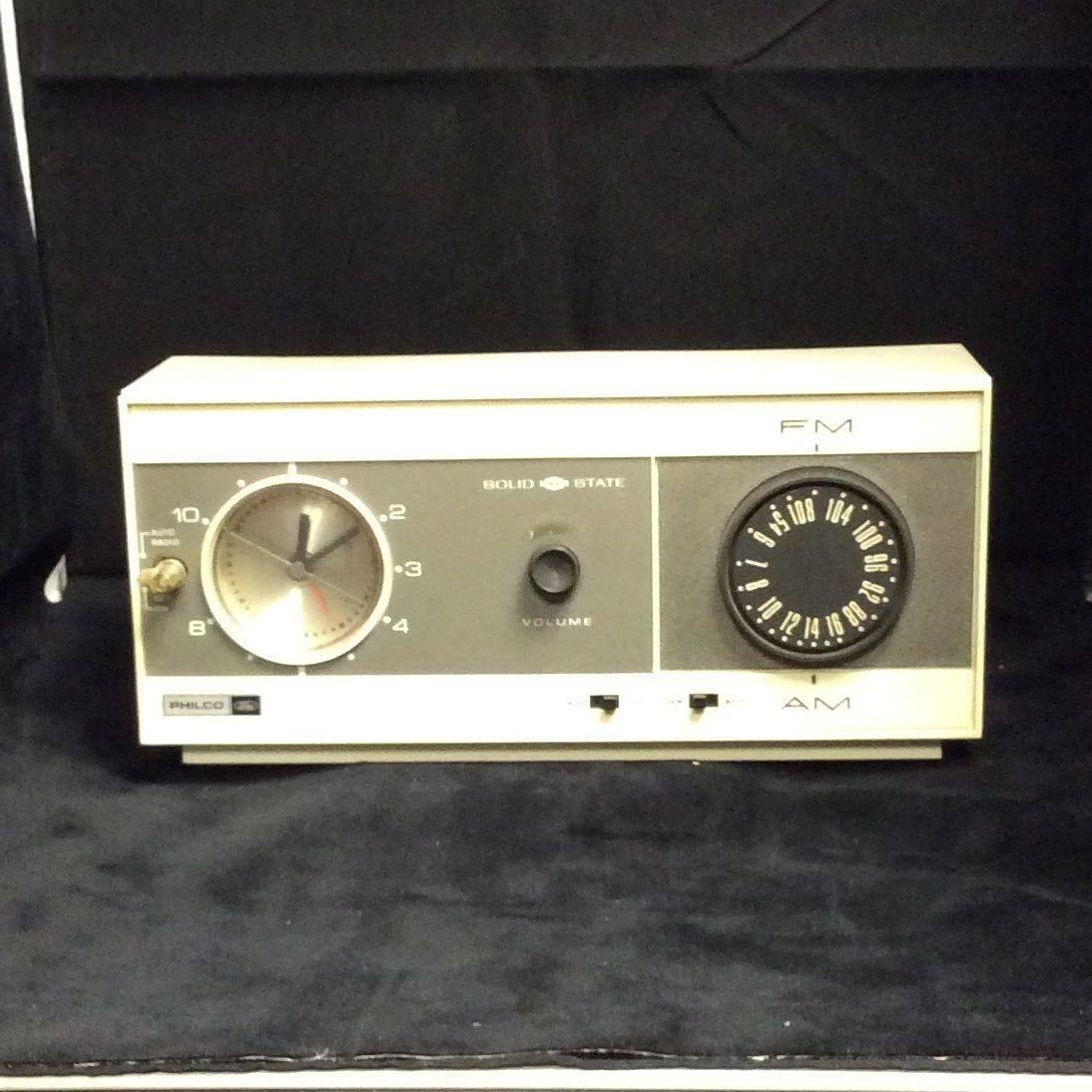 "C. 1960's Philco Ford AM/FM Clock Radio ""Working Condition""   $35.00"