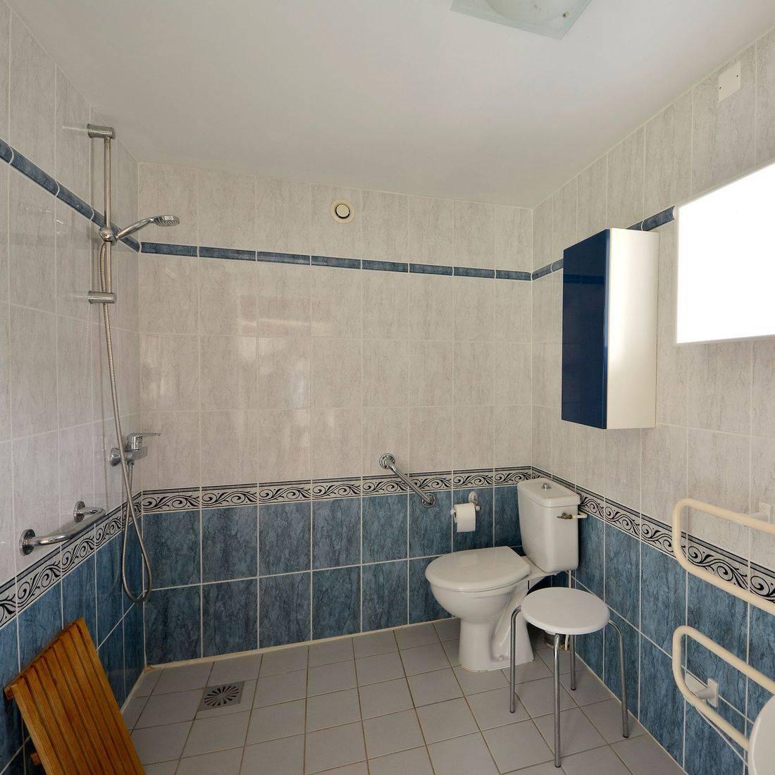 La Chouette wet room