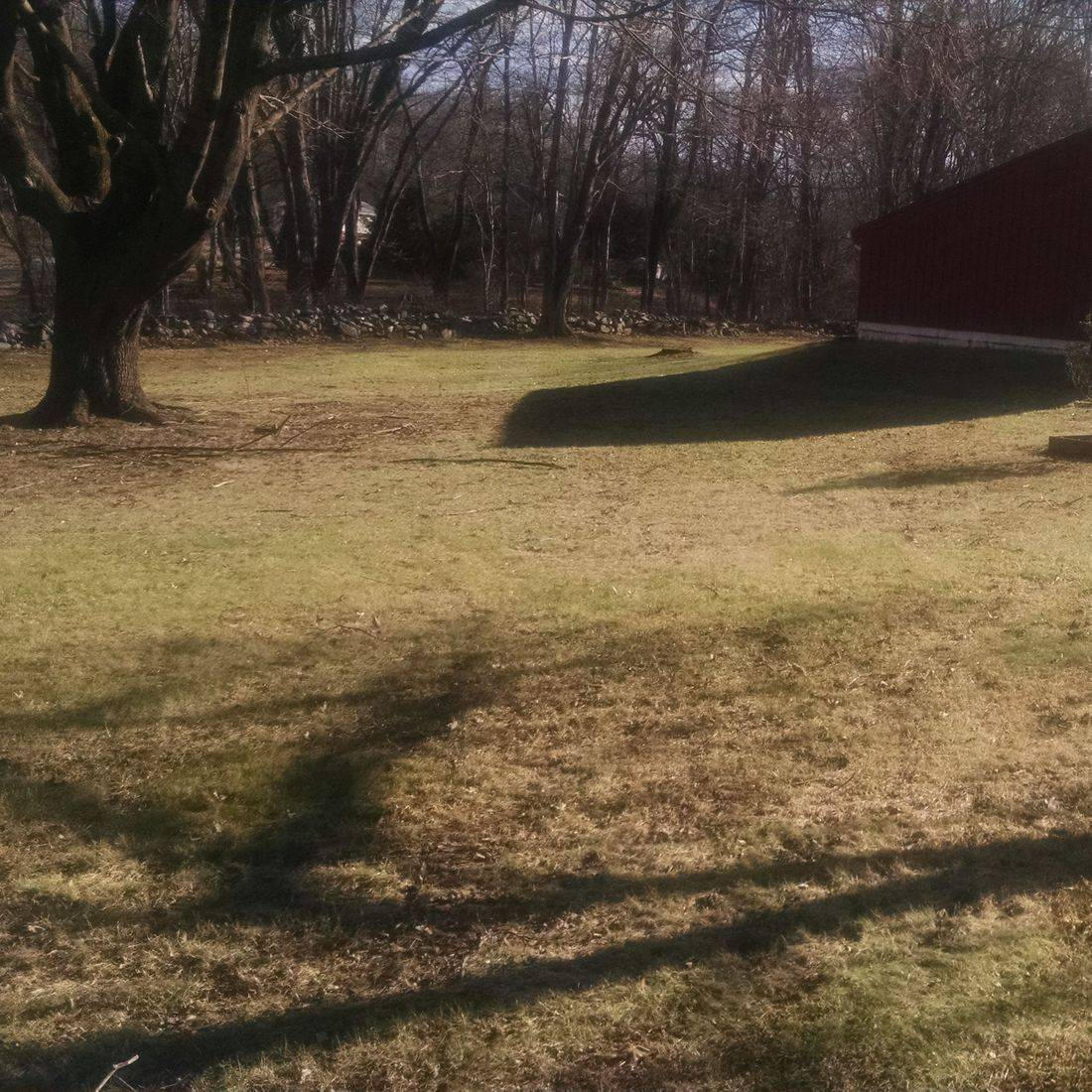 northeast Connecticut, lawncare, mowing, trimming, lawn maintenance, Labbes Lawncare Plus, weed whacking, edging