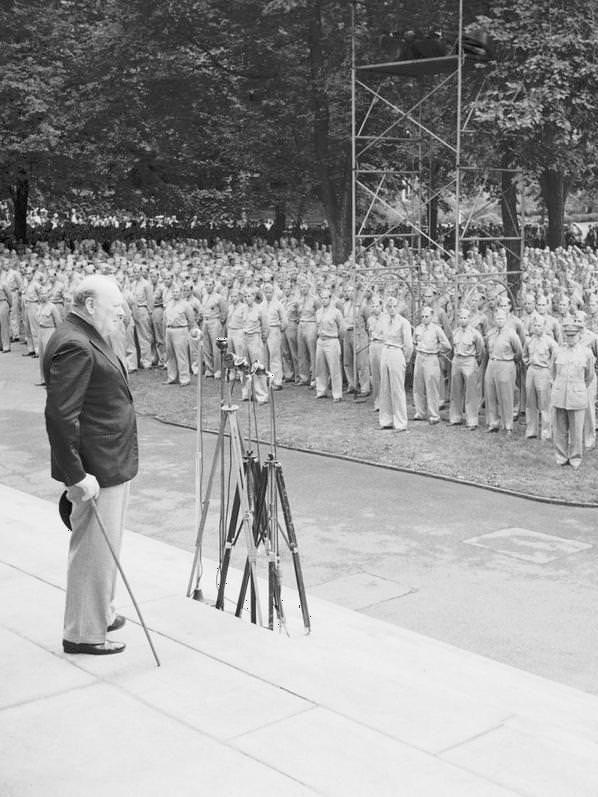 Churchill at harvard, winston churchill, harvard, 1943, war is my business