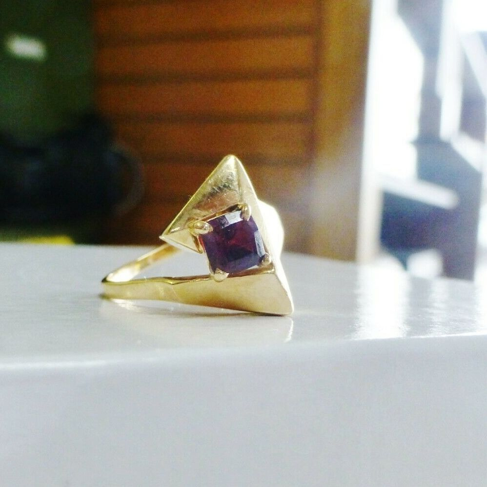 Cushion Cut Red Garnet Yellow Gold abstract cocktail ring