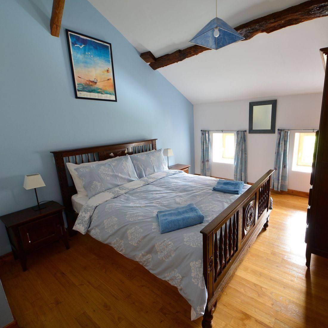 La Chouette blue room