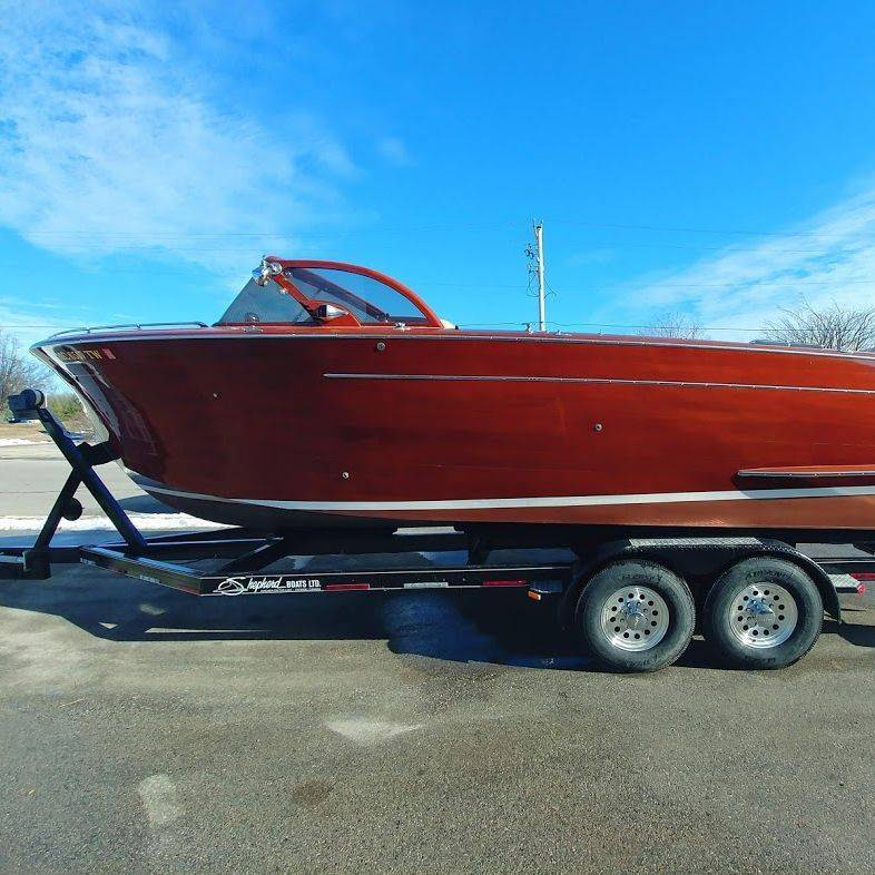 27' Shepherd boat