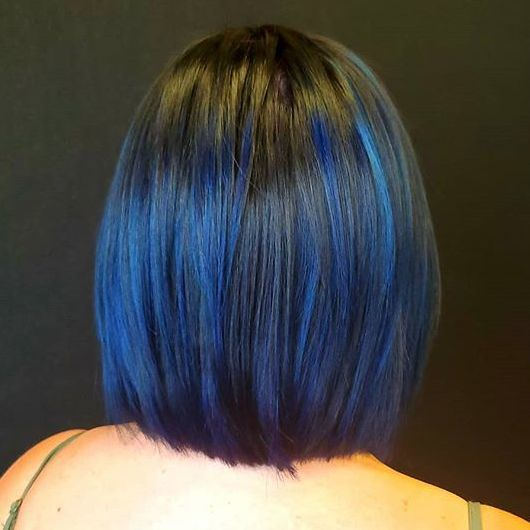 shoulder length bob.. layered.. with navy blue highlight