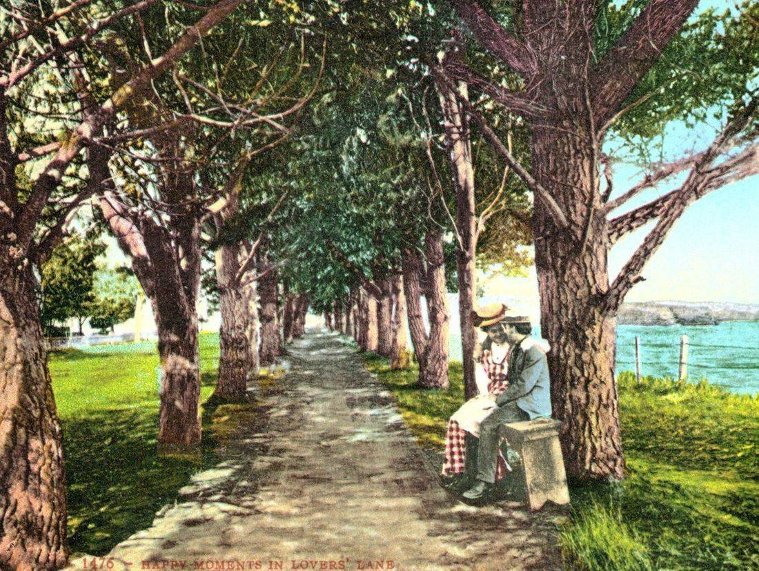 Lovers Lane, Depot Hill, Capitola haunted