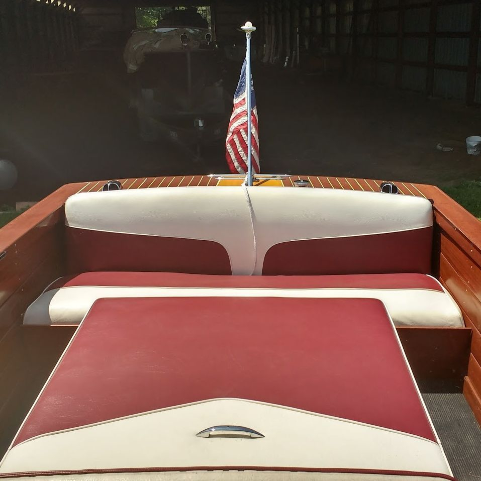 1959 17' Chris Craft Ski Boat