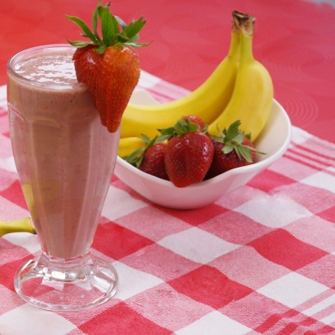 5 Healthy Strawberry Banana Smoothie Recipes for Weight Loss