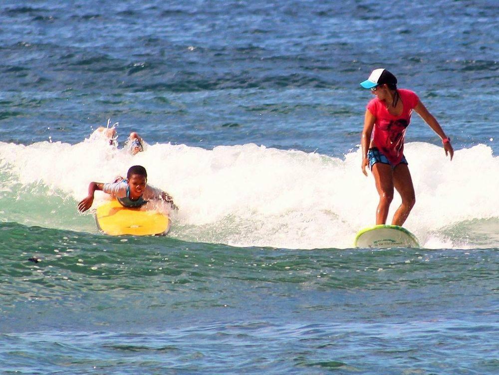 Surf, Martinique, Cours de surf, Ecole de surf, Tartane