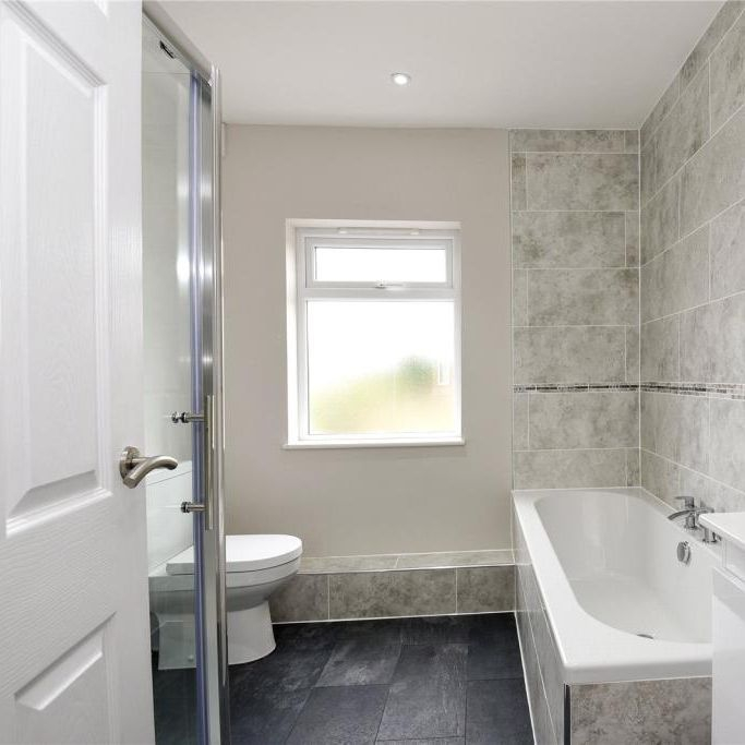Berkshire and Surrey Bathroom Fitter