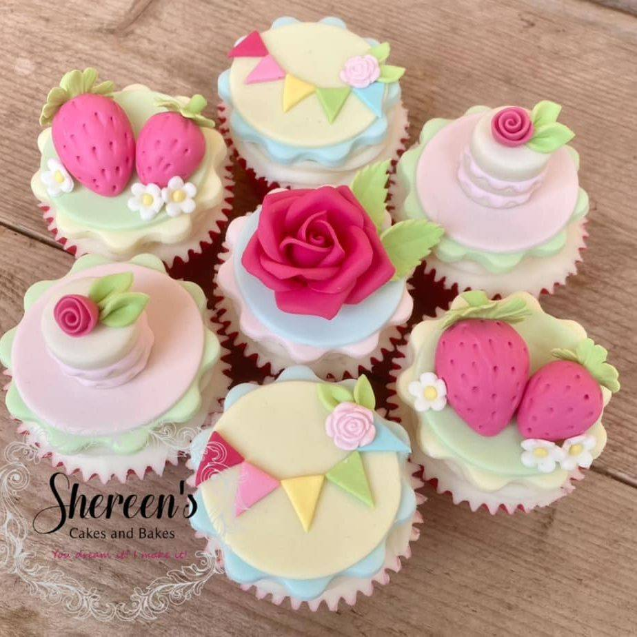 Garden Party Summer Cupcakes Macaron, Cake Strawberries Bunting Rose
