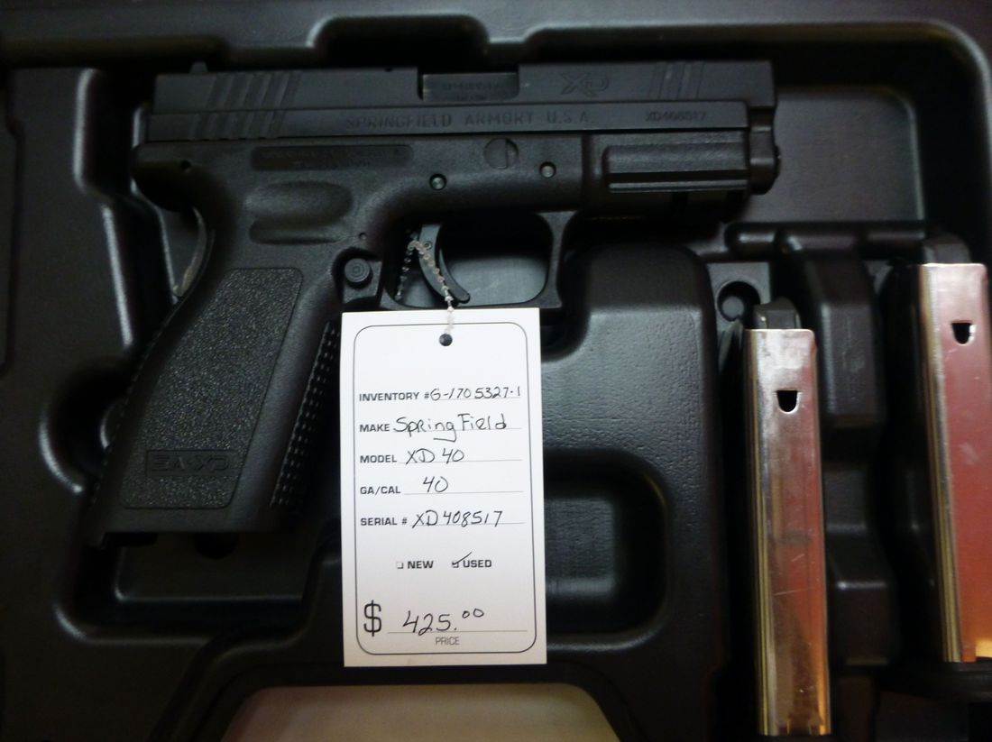 40 Caliber Black Springfield XD40 Pistol In A Cae With 2 Magazines