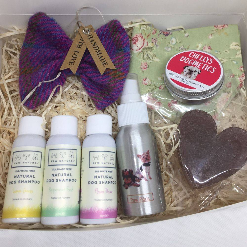 Dog gift hamper naturel grooming products