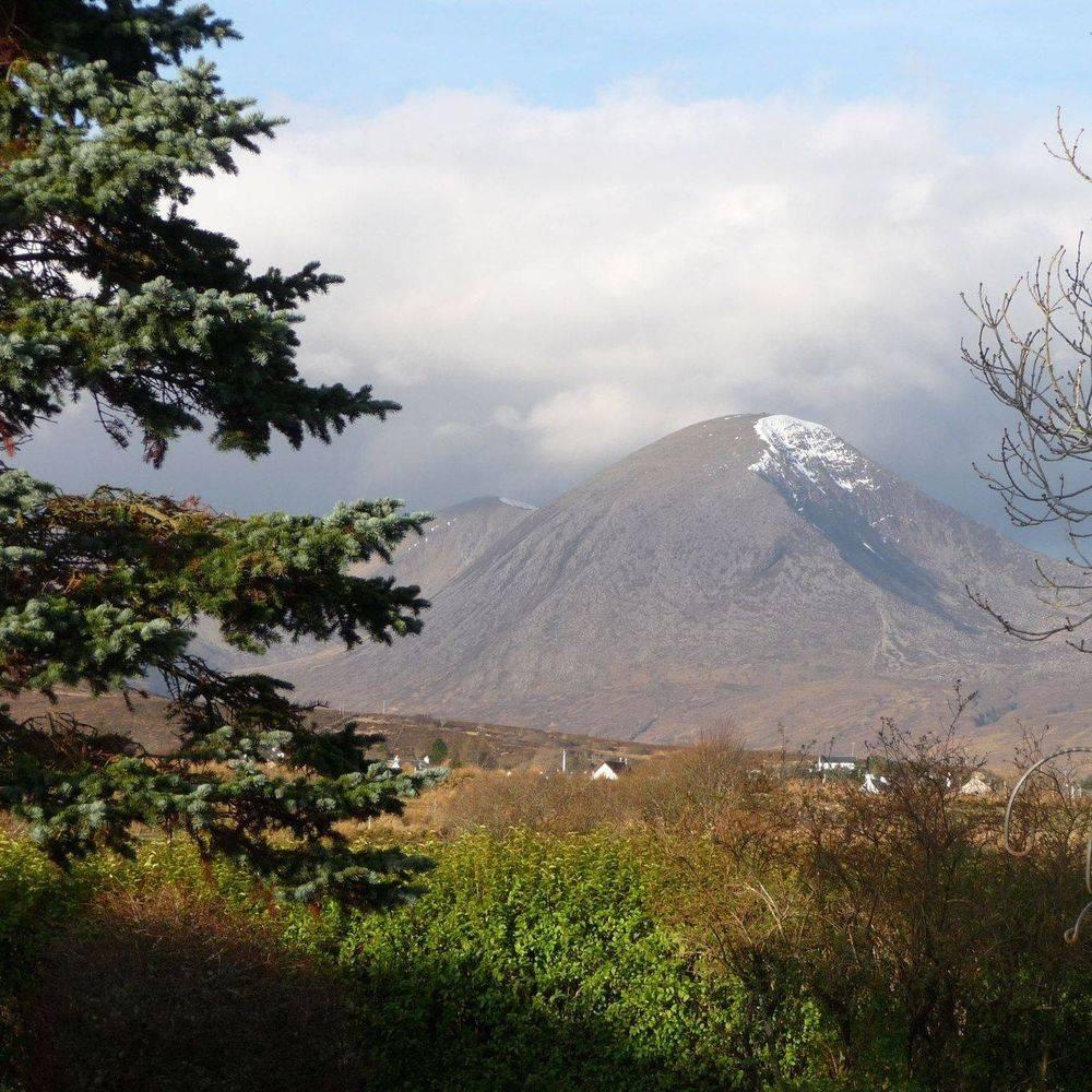 Beinn na Caillich Isle of Skye Cuillin ridge