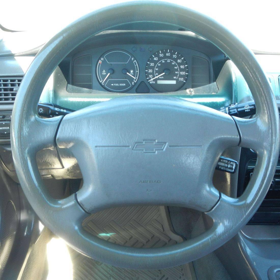 1999 Chevy Prizm LSi