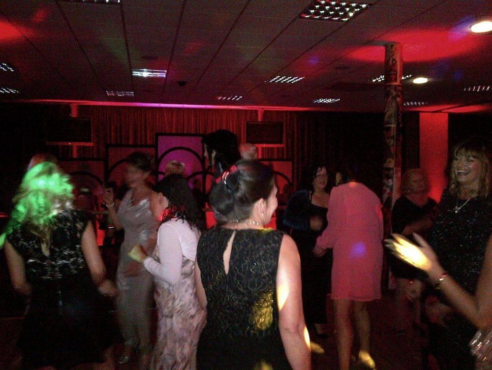 Corpoate Christmas Party at Heydock Park, St. Helen's. Glynn Tee - Professional DJ - Christmas Party DJ