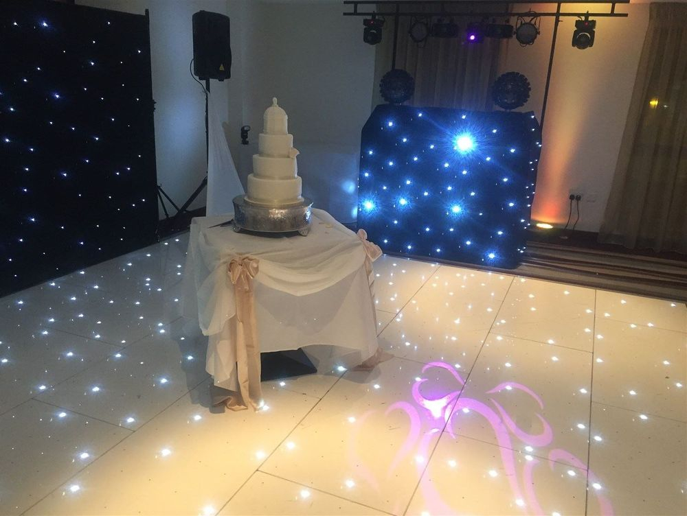 Gold Package at Ramada Plaza before cutting of the cake - Southport DJ