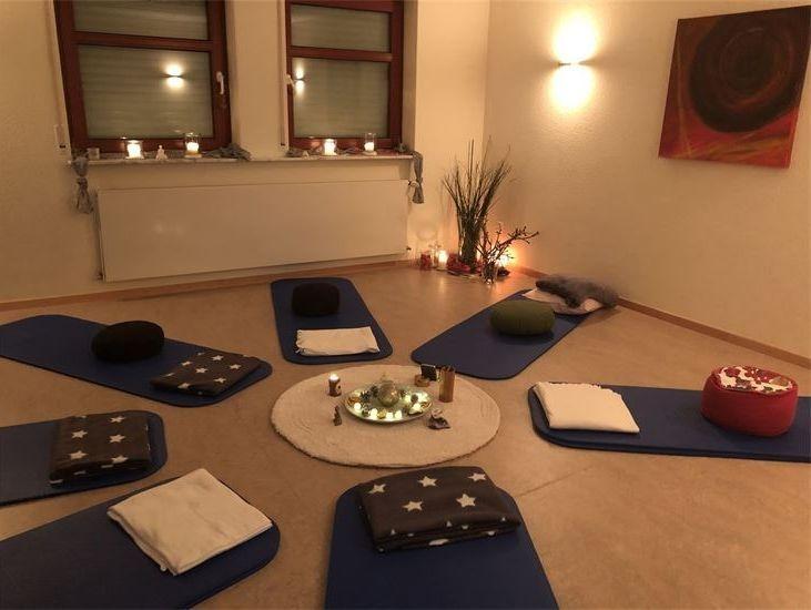 Meditation Achtsamkeit Linsenhofen Frickenhausen Entspannung Energiearbeit