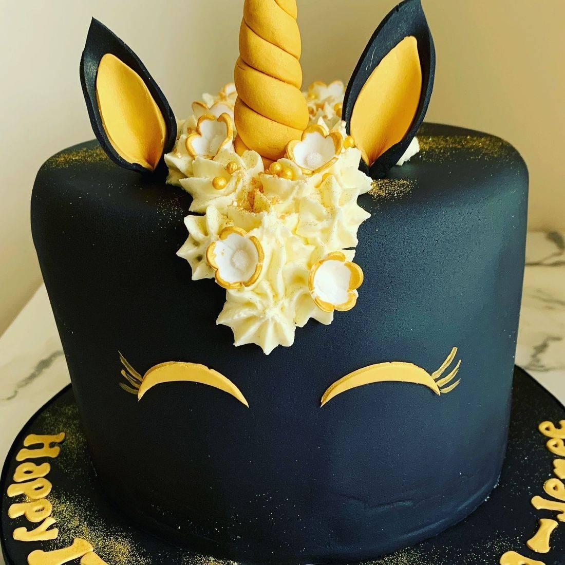 Unicorn cake Fabu-Lous Cakes