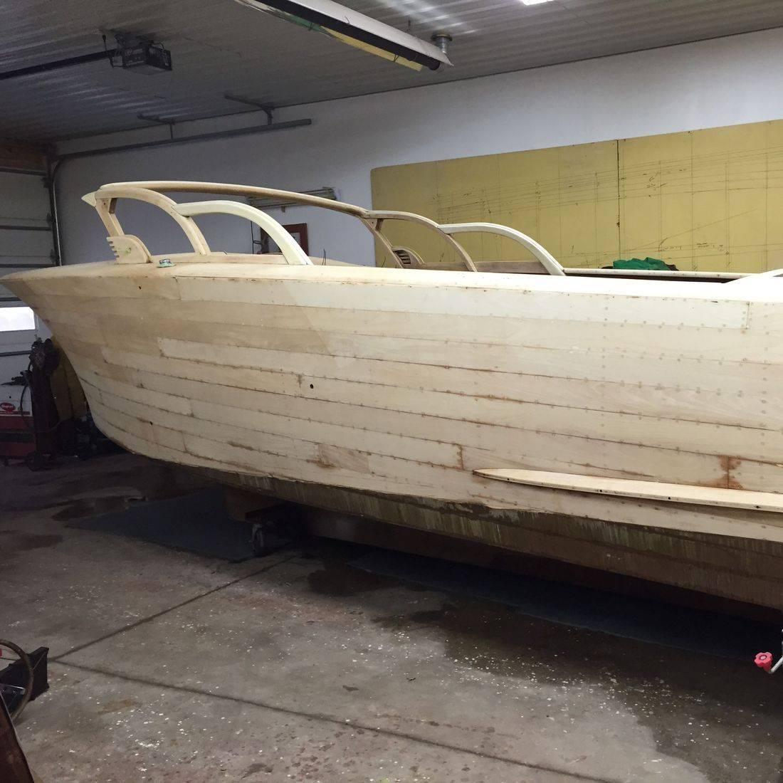 Wood boat restoration by Bergersen Boat
