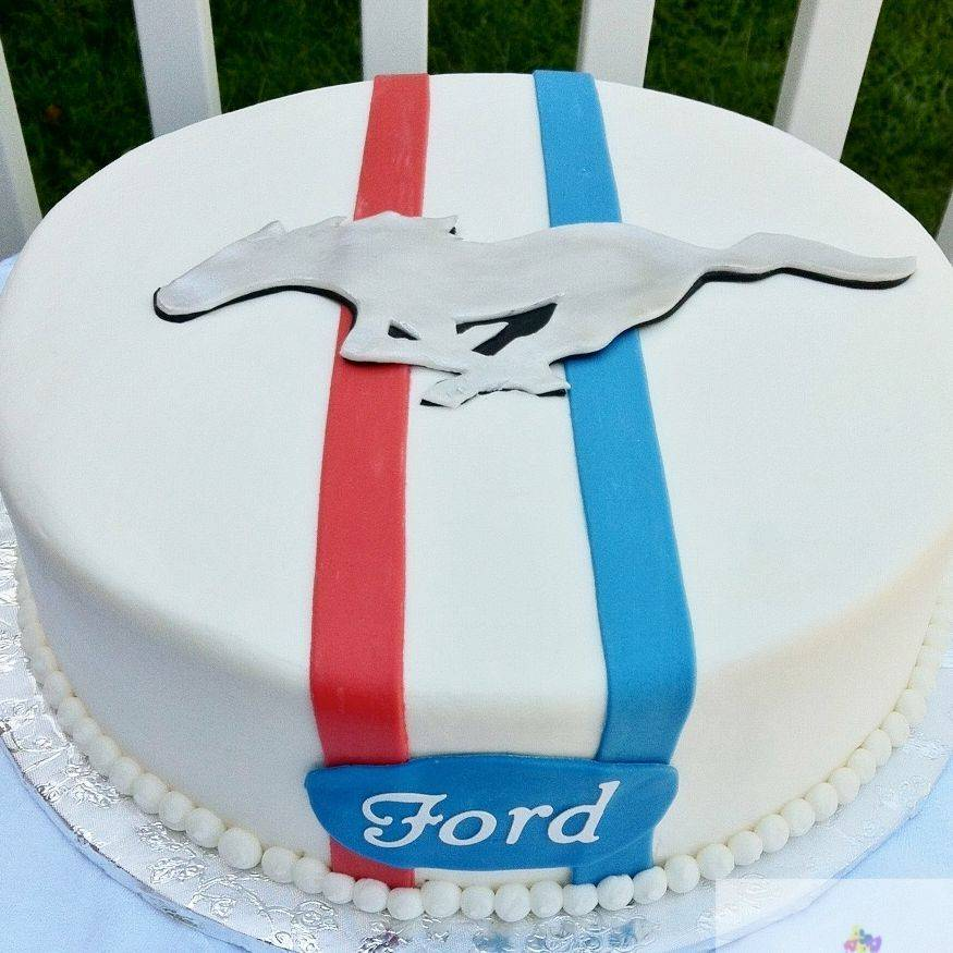 Ford Mustang Cake