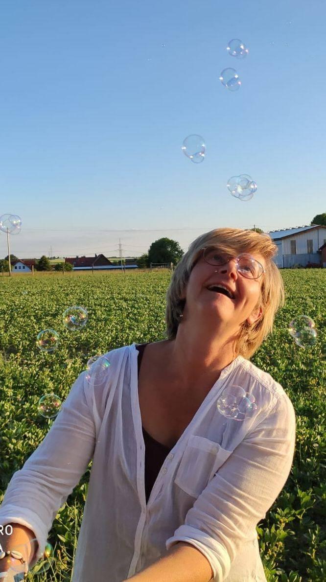 Heike staunen Freude Seifenblasen Leichtigkeit