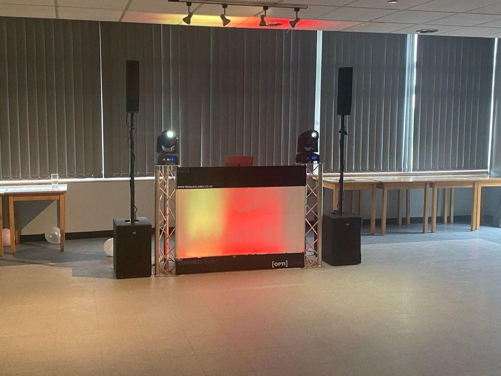 DJ Ollie Clarke Worcestershire Birmingham Party DJ