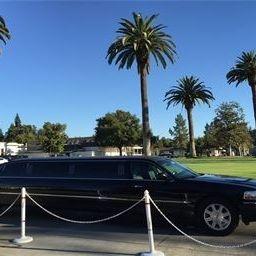 8 Passenger Limousine used for Bear Flag Wine Tours