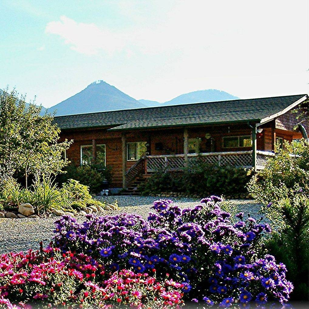 guesthouses, Concrete, WA, North Cascades, Washington, hotels