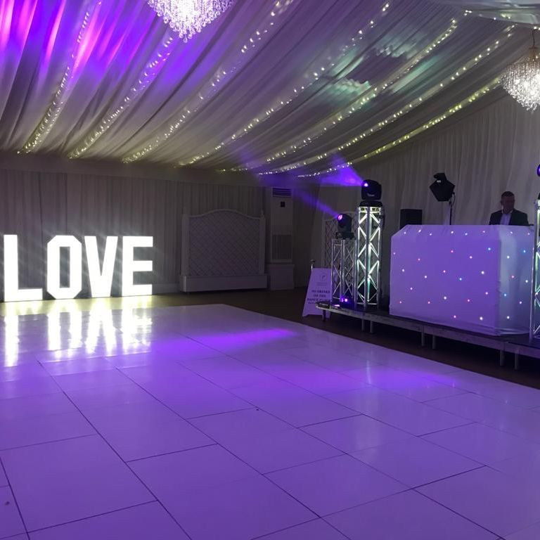 Wedding DJ and Dancefloor