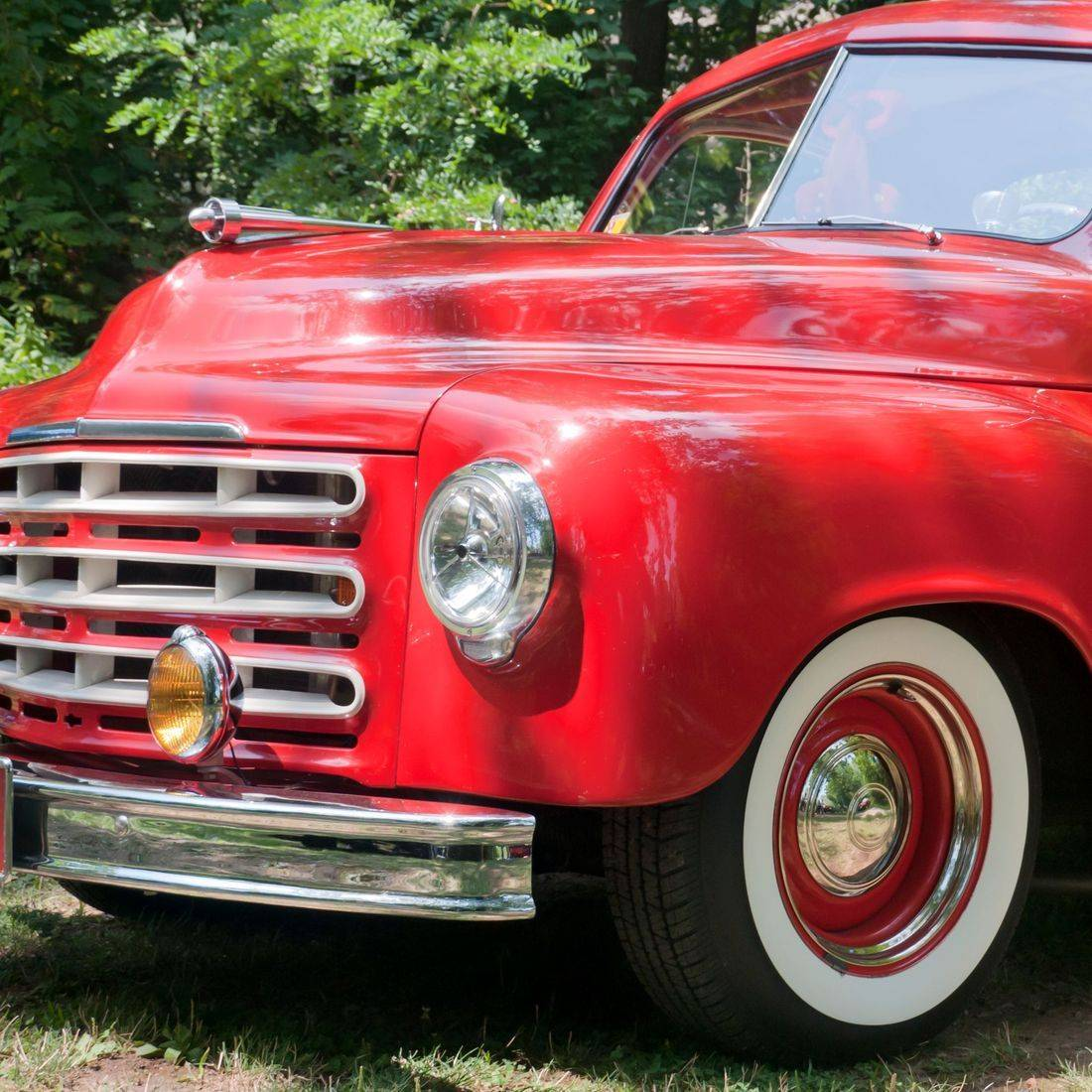 red custom pick up truck
