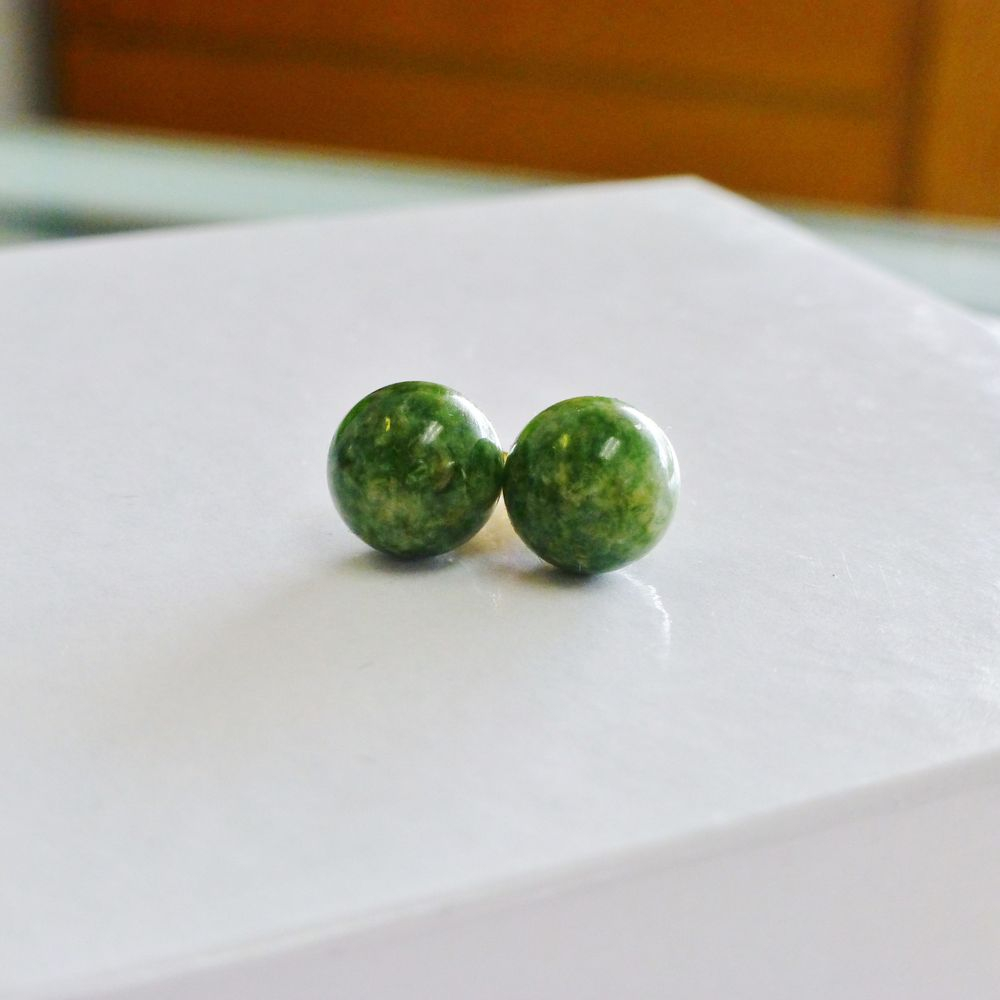 Round Jade Stud Earrings in 14K Yellow Gold