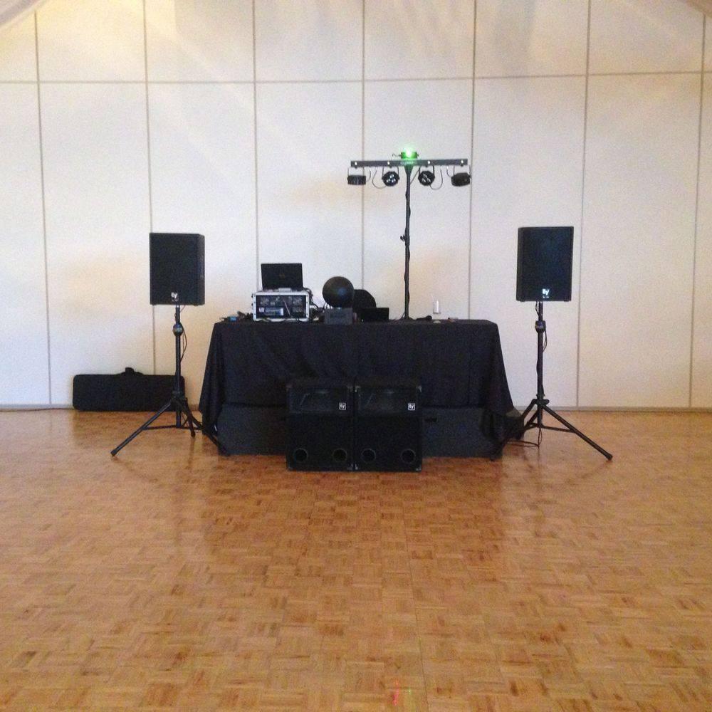 Wedding DJ Hamilton at Carmen's