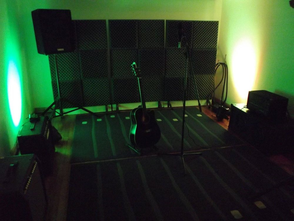 Music Studio Green Room