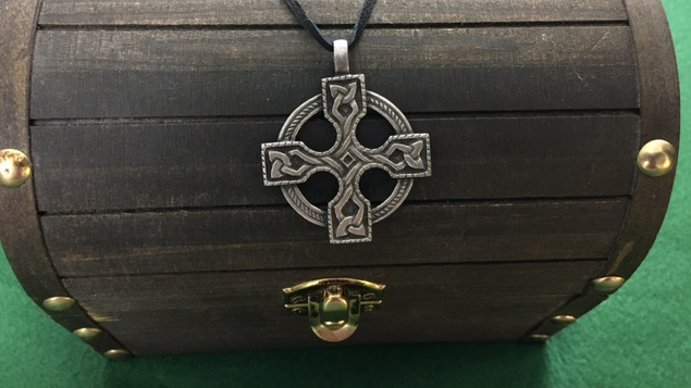 Celtic Cross Pendant, Shield Ravens